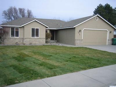 Kennewick Single Family Home For Sale: 1010 W 32nd Ave.