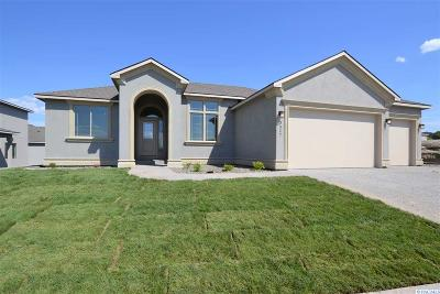 Kennewick Single Family Home For Sale: 3327 S Lincoln Pl