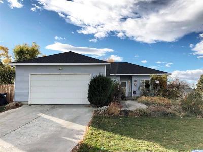 Pasco Single Family Home For Sale: 4612 Saguaro Dr.