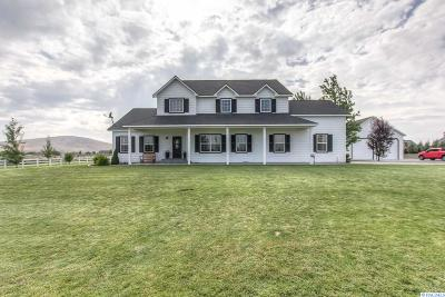 West Richland Single Family Home For Sale: 3340 Mount Adams View Drive