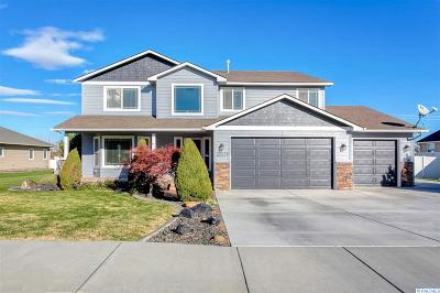 West Richland Single Family Home For Sale: 5204 Kenra Lp