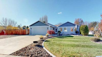Richland WA Single Family Home For Sale: $330,000