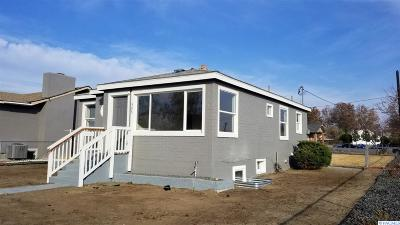 Pasco Single Family Home For Sale: 303 N 12th