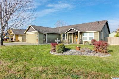 Kennewick Single Family Home For Sale: 5706 W 15th Ave