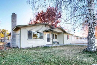 Richland WA Single Family Home For Sale: $215,000