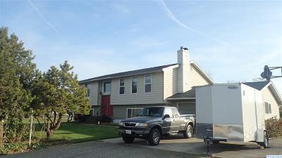 Burbank Single Family Home For Sale: 476 E Humorist Rd