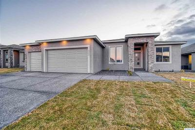 Horn Rapids Single Family Home For Sale: 3365 Village Parkway