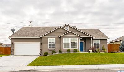 Kennewick Single Family Home For Sale: 8509 W 9th Ave