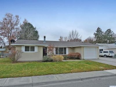 Richland WA Single Family Home For Sale: $225,000