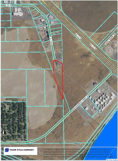 Pasco Commercial For Sale: 1525 E B Circle