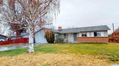 Kennewick Single Family Home For Sale: 114 N Kellogg Street