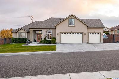 Richland Single Family Home For Sale: 586 Lodi Loop