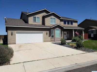 Pasco Single Family Home For Sale: 5315 Eisenhower Court