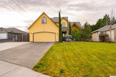 Kennewick Single Family Home For Sale: 8703 W Canyon Ave