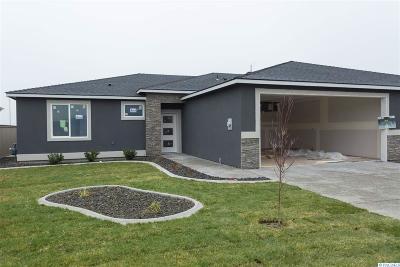 Horn Rapids Single Family Home For Sale: 2370 Delle Celle Dr