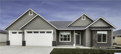 West Richland Single Family Home For Sale: 6812 Argos St.