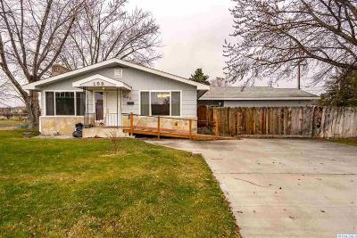 Kennewick Single Family Home For Sale: 102 S Kellogg St.