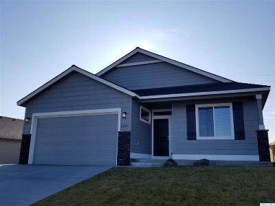 Kennewick Single Family Home For Sale: 5997 W 41st Ave