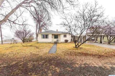 Grandview Single Family Home For Sale: 1207 Stassen Way