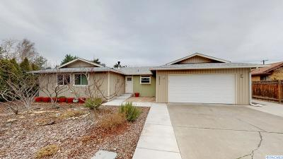 Richland WA Single Family Home For Sale: $329,900