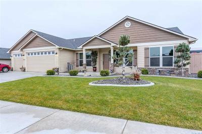 First Place Ph1, First Place Ph2, First Place Ph3, First Place Ph4, First Place Ph6 Single Family Home For Sale: 4904 Tamarisk Dr