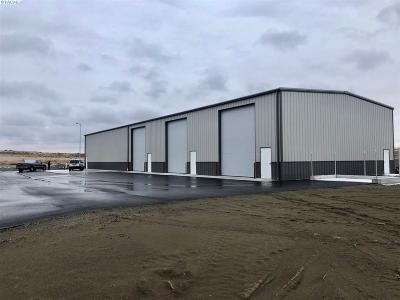 Richland Commercial For Auction: 2564 Robertson Drive