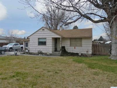 Kennewick Single Family Home For Sale: 610 S Edison St