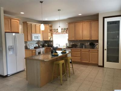 West Richland Single Family Home For Sale: 2551 Bombing Range Rd
