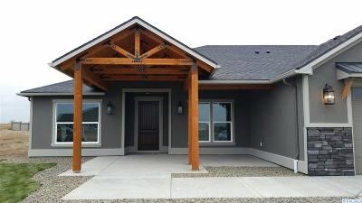 Pasco Single Family Home For Sale: Lot 49 Clarkfork #49