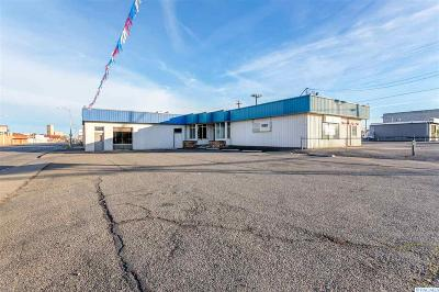 Kennewick Commercial For Sale: 4 E Columbia Drive