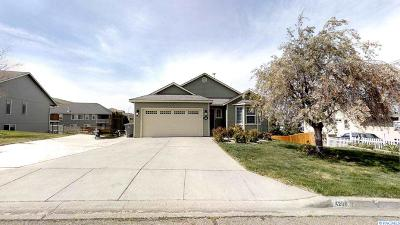 Kennewick Single Family Home For Sale: 4200 S Waverly Pl