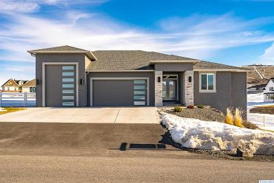 Kennewick Single Family Home For Sale: 95904 E Holly Rd