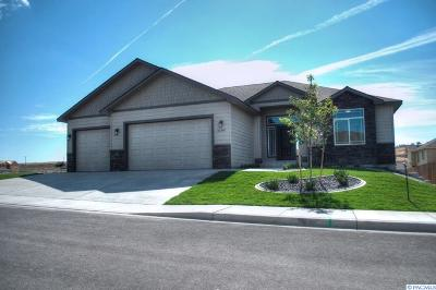 Kennewick Single Family Home For Sale: 8712 W 12th Ave