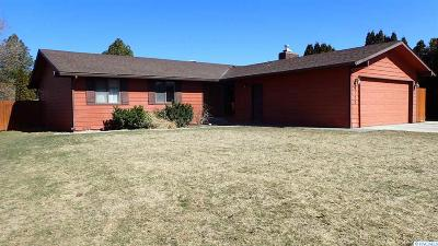 West Richland Single Family Home For Sale: 4700 Grouse Dr