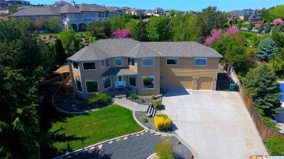 Canyon Lakes Villas, Canyon Lk, Canyon Lk 20, Canyon Lk1, Canyon Lk2, Canyon Lk9 Single Family Home For Sale: 4212 S Neel Ct