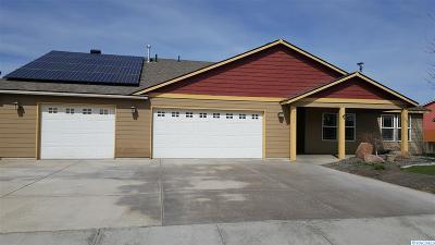 Pasco Single Family Home For Sale: 5511 Wrigley