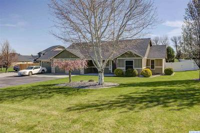 West Richland Single Family Home For Sale: 5900 W Lattin Loop