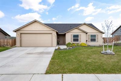 West Richland Single Family Home For Sale: 6273 Teak Lane