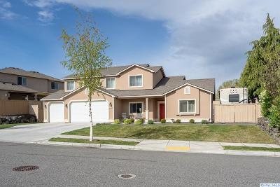 Kennewick Single Family Home For Sale: 1207 N Montana St