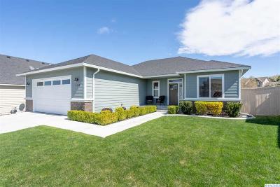 Kennewick Single Family Home For Sale: 1136 N Montana St