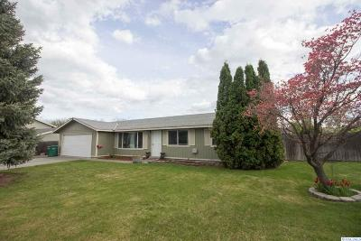 Kennewick Single Family Home For Sale: 1921 W 16th Ave