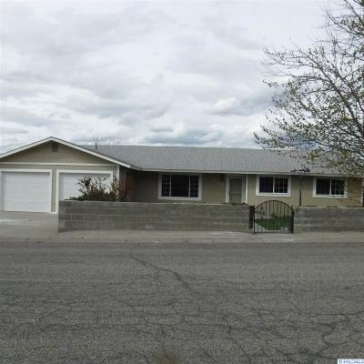 Prosser Single Family Home For Sale: 1026 Concord Way