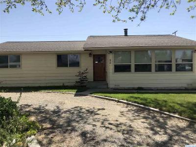 Burbank Single Family Home Active U/C W/ Bump: 62 Harrison Pl.