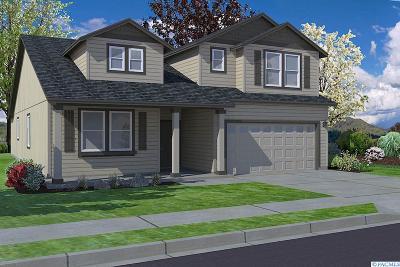 Pasco Single Family Home For Sale: 3410 Pinnacle Lane