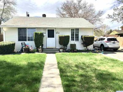 Kennewick Single Family Home For Sale: 514 S Zillah St
