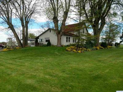 Sunnyside Single Family Home For Sale: 8701 & 8703 Van Belle Rd