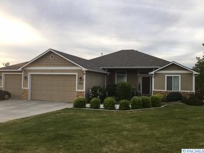West Richland Single Family Home For Sale: 5930 Willowbend St.