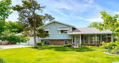 Burbank Single Family Home For Sale: 147 Snake River Dr.