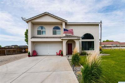 West Richland Single Family Home For Sale: 2703 Timberline Drive