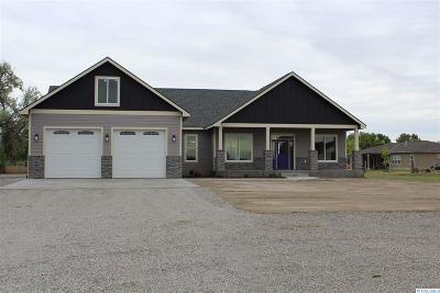 Burbank Single Family Home For Sale: 118 Mia Lane